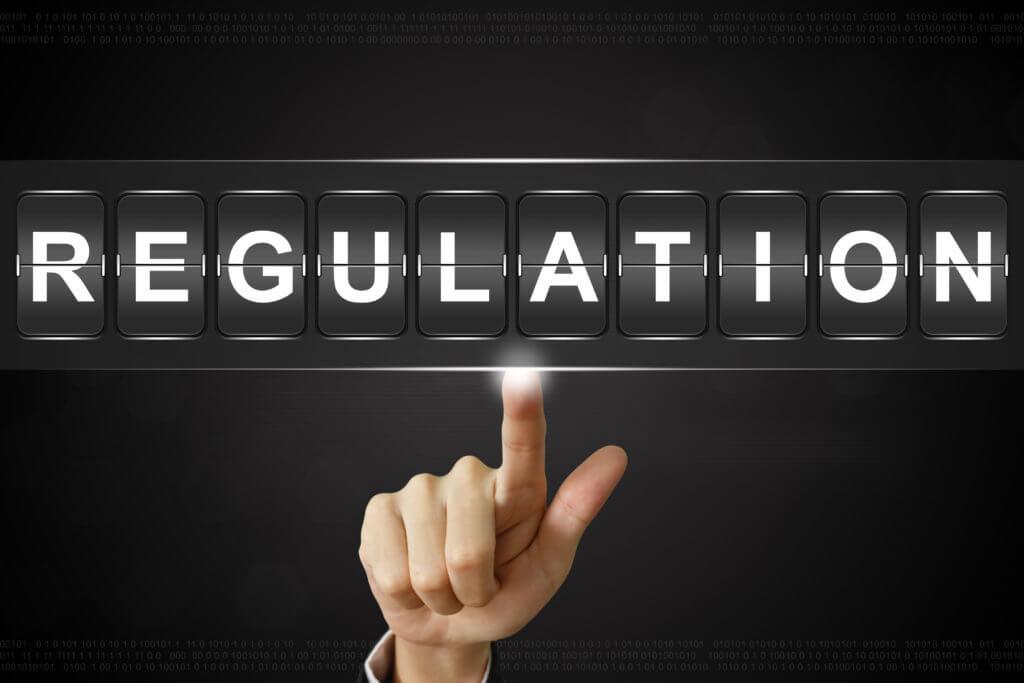 Regulation Schriftzug - Krypto Regulierung
