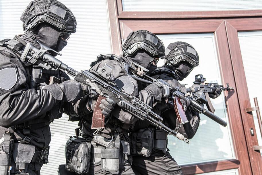 Razzia drei Soldaten - deutsches Darknet
