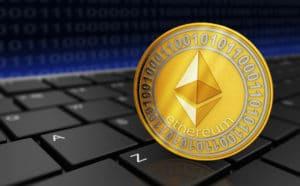 Ethereum Gold Münze auf Tastatur - Zoom 2key