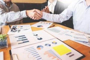 Handschlag Zusammenarbeit - Unsere Partnerseiten