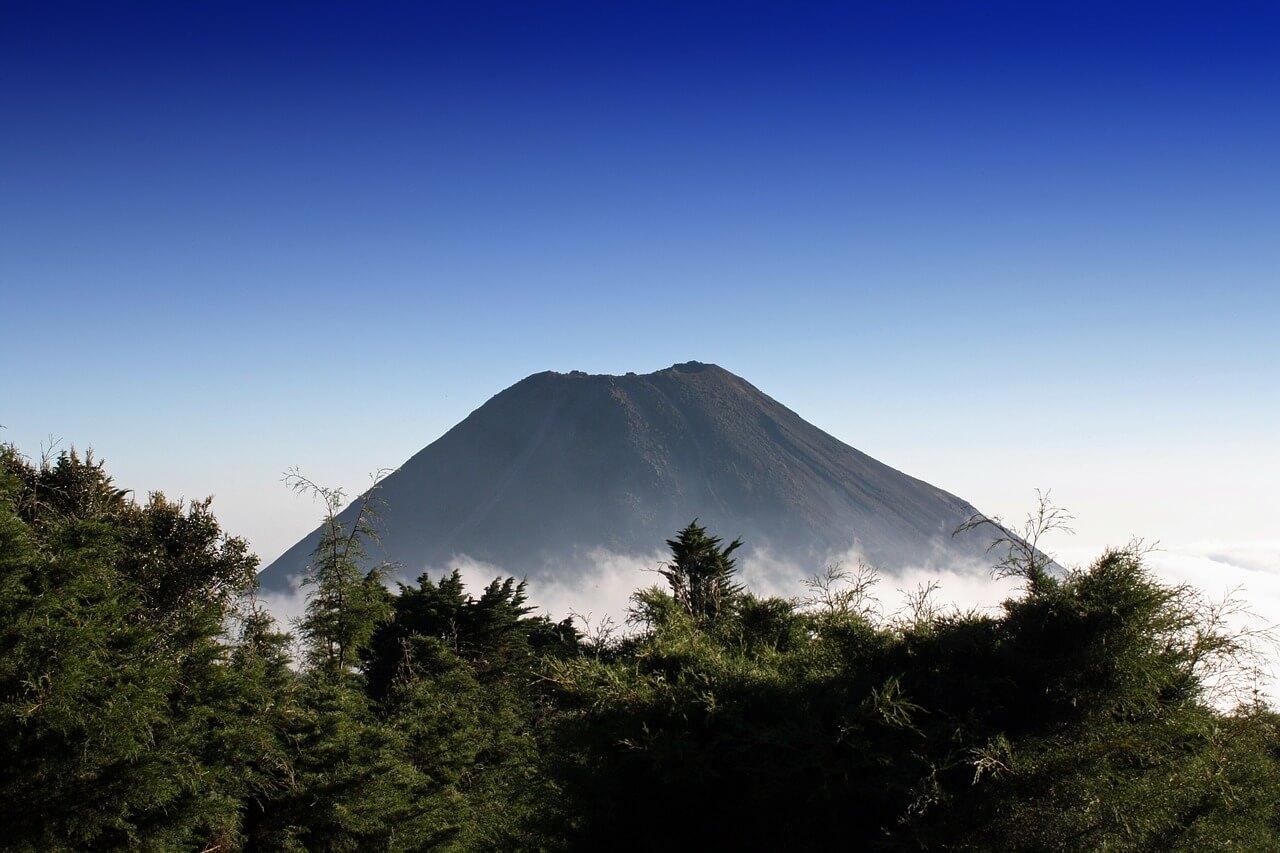 vulkanischer Bitcoin-Mininganlage